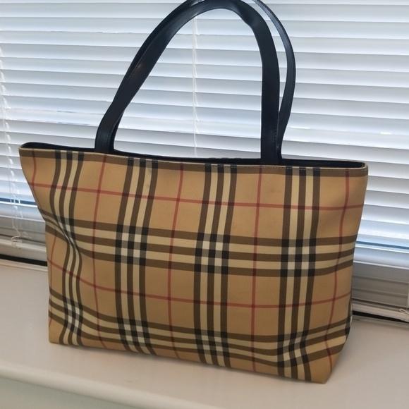 b94c846dcedd Burberry Handbags - Vintage Burberry Nova Check Large Tote Purse Bag